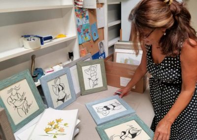 Kira Fulks in Art Studio-1©Yakira Shimoni Fulks—Kira Art and Poetry